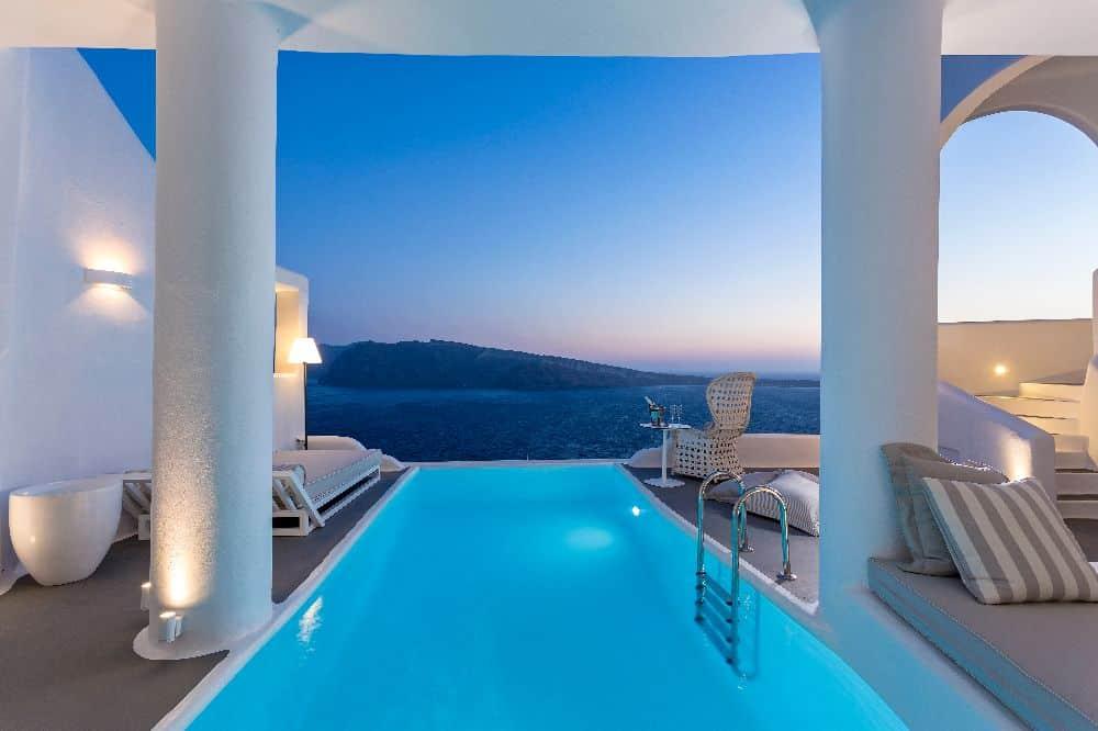 Charisma Suites, Santorini -